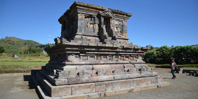 Setyaki Temple